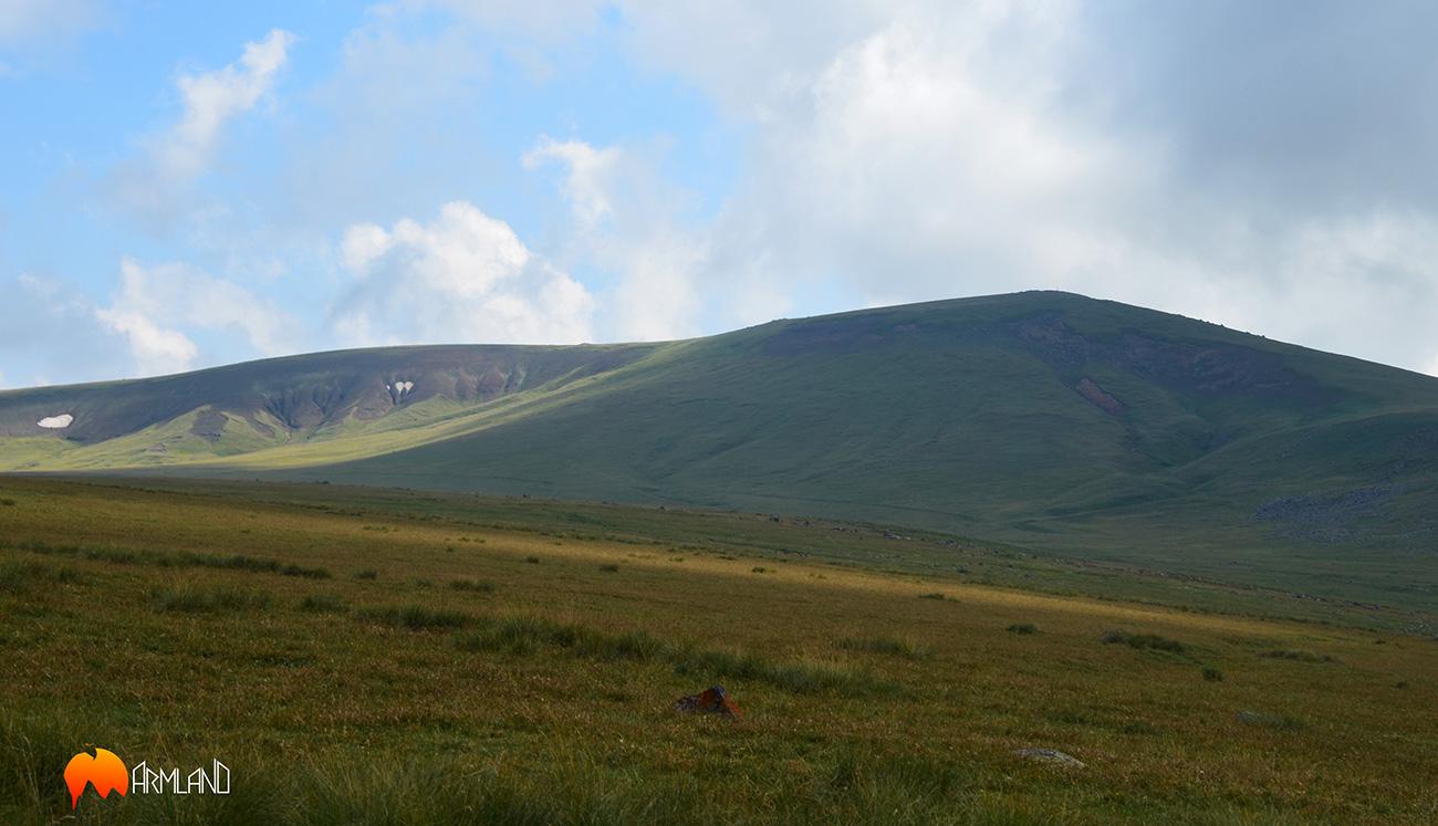 mountain Zohasar