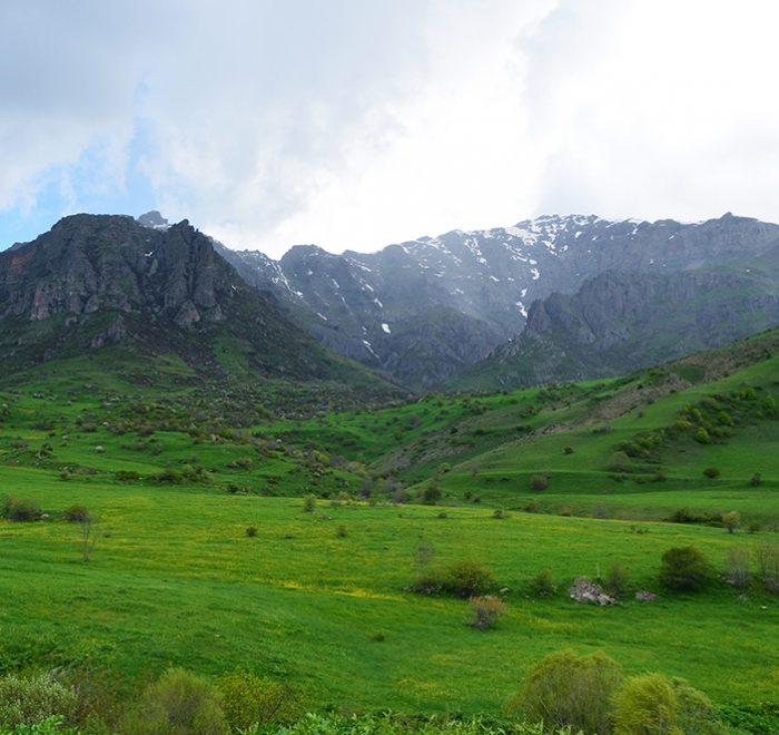 Mayski poxod po Armenii